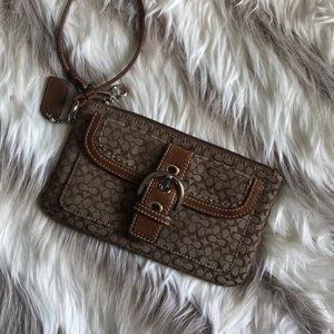 Coach wristlet brown like new